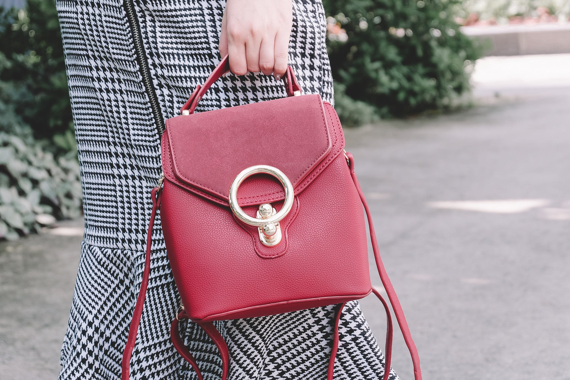 2-Way O-Ring Bag in Red