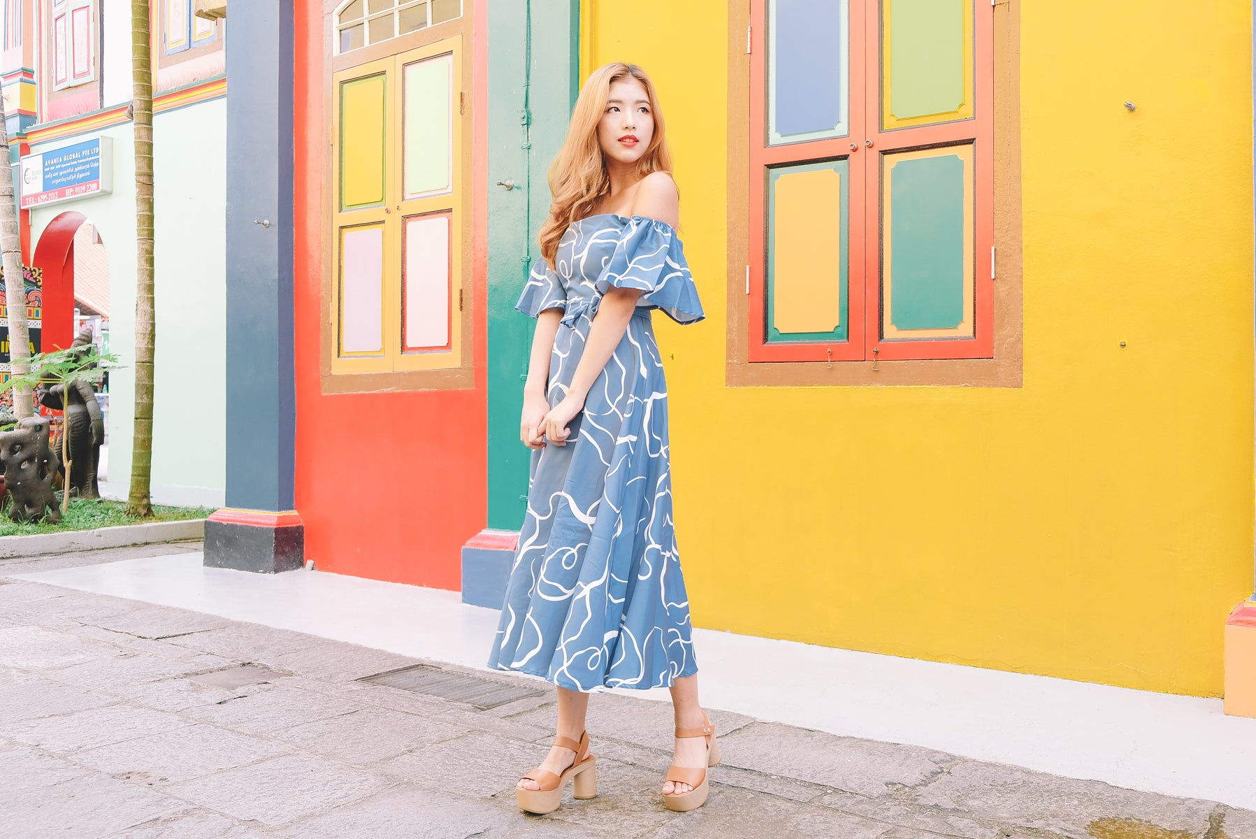 Danielle Abstract Print Midi Dress in Blue