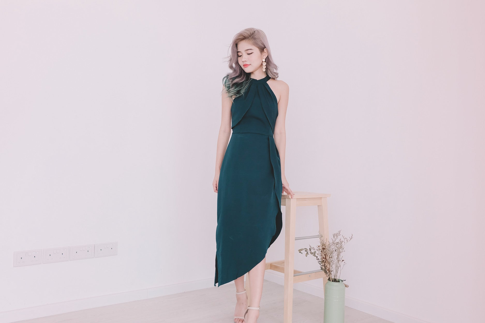 [Restocked] Asymmetrical Hem Midi Dress in Emerald Green
