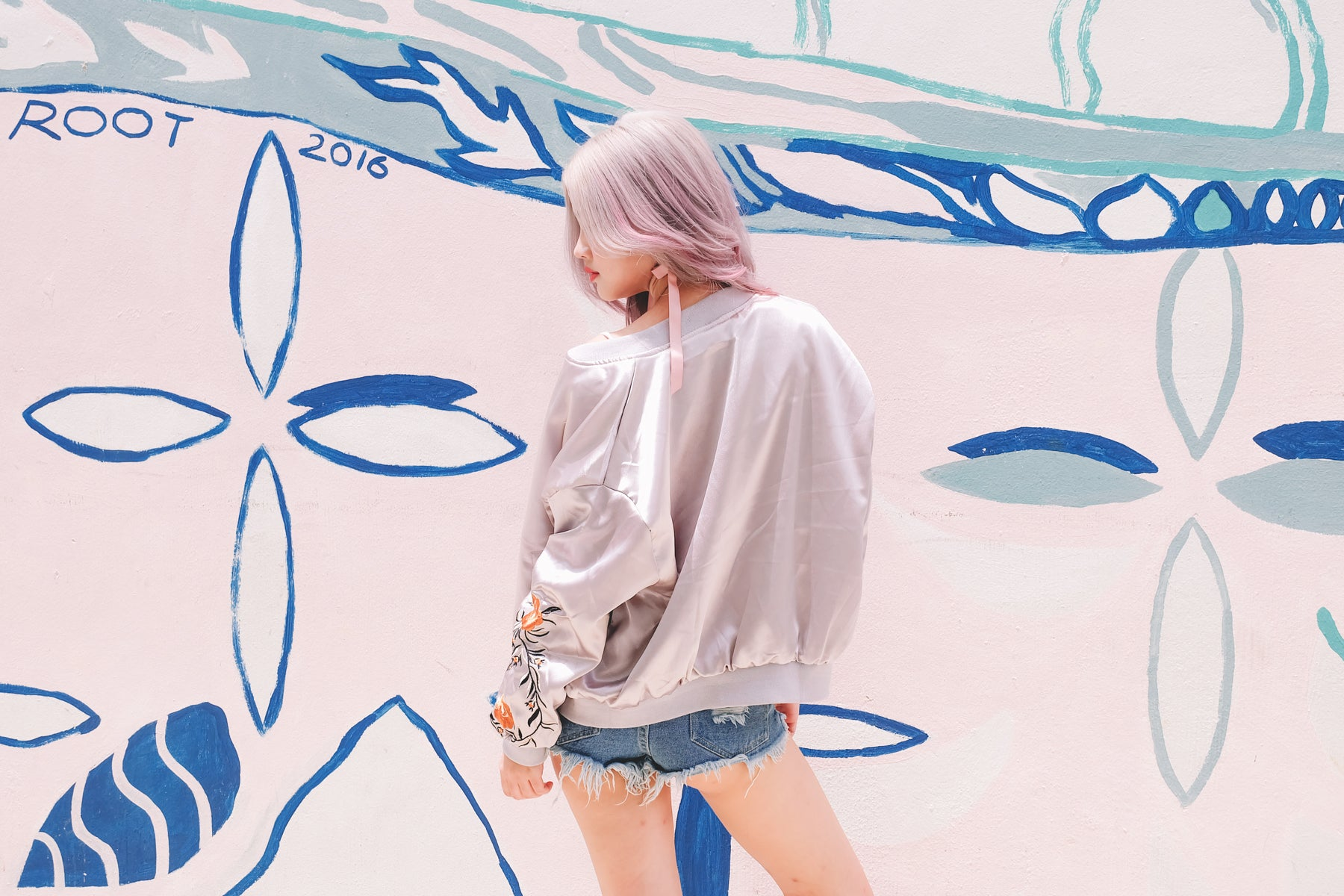 [Restocked] Embroidered Sleeve Jacket in Grey
