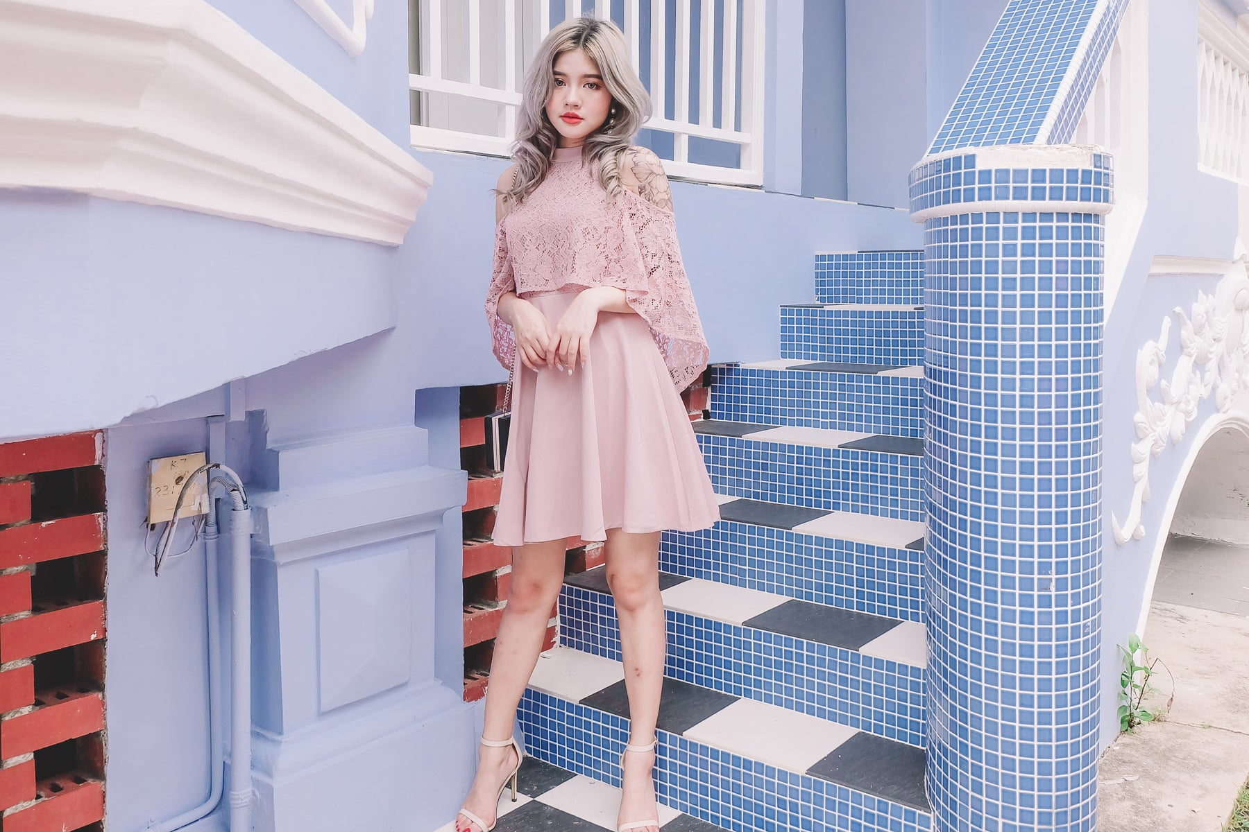 [Restocked] Layer Lace Cold Shoulder Dress in Pink