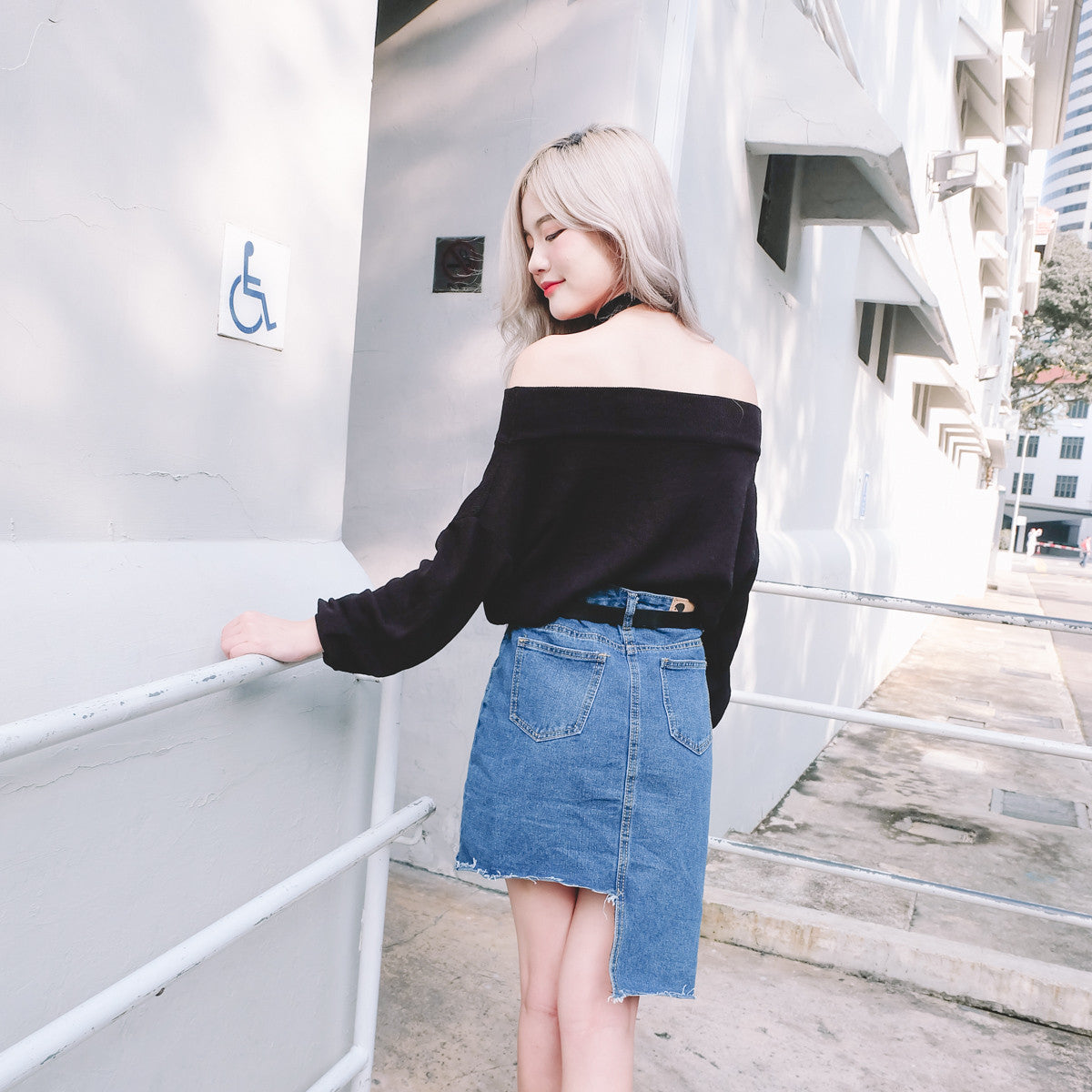 Knit Offsie Top in Black