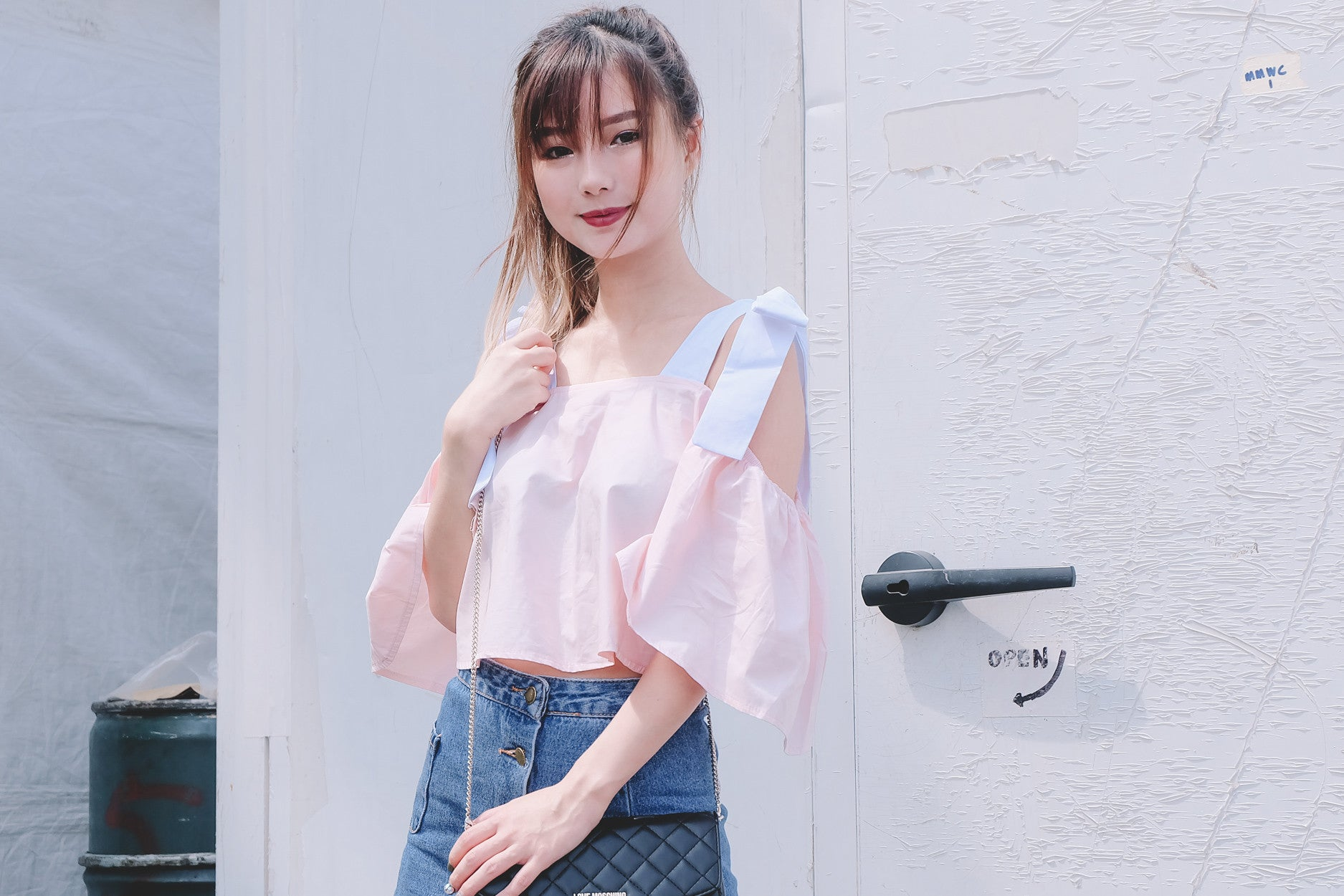 Ribbon-Accent Offsie Top in Pink