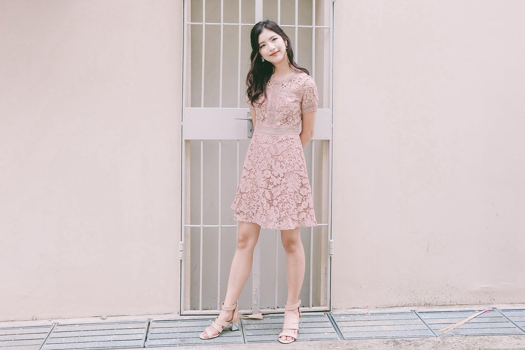 Quelle Crochet Lace Dress in Dusty Pink