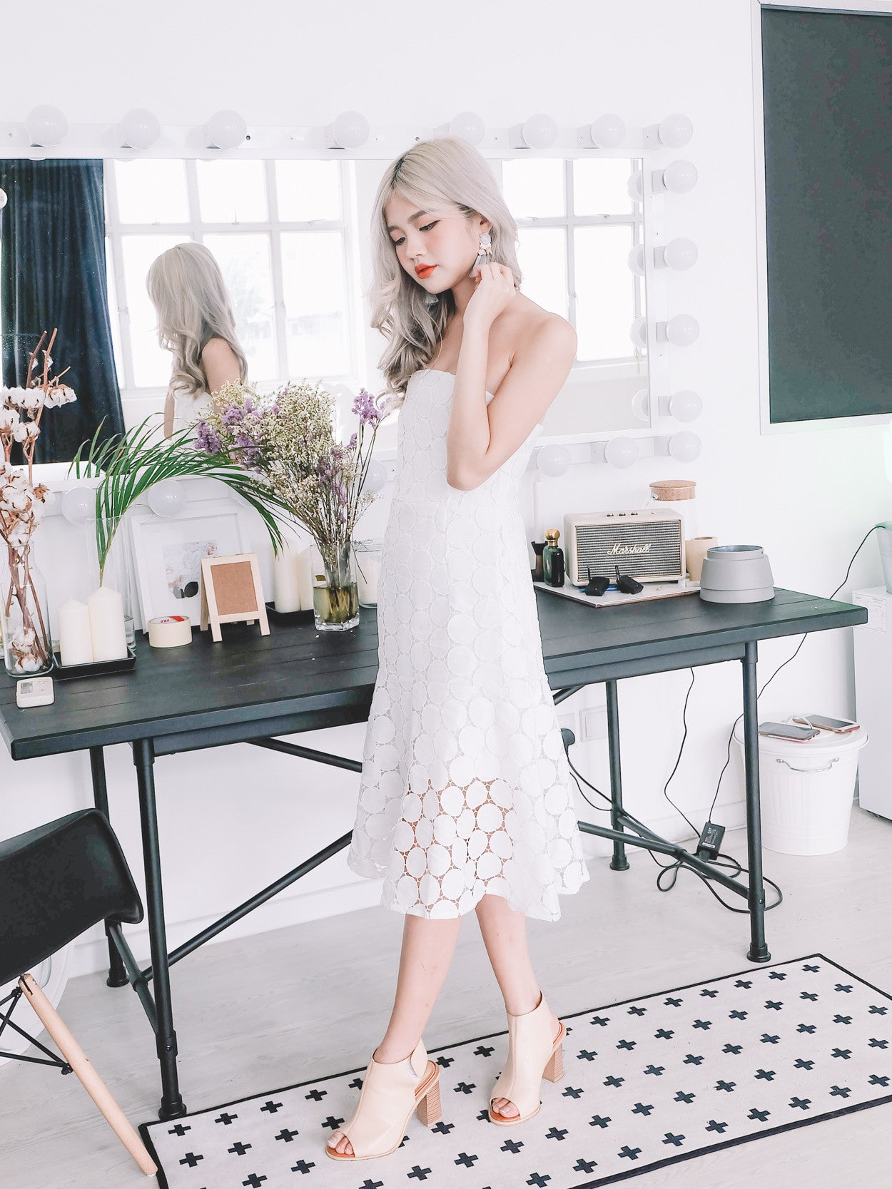 Circle Lace Cap Tube Dress in White