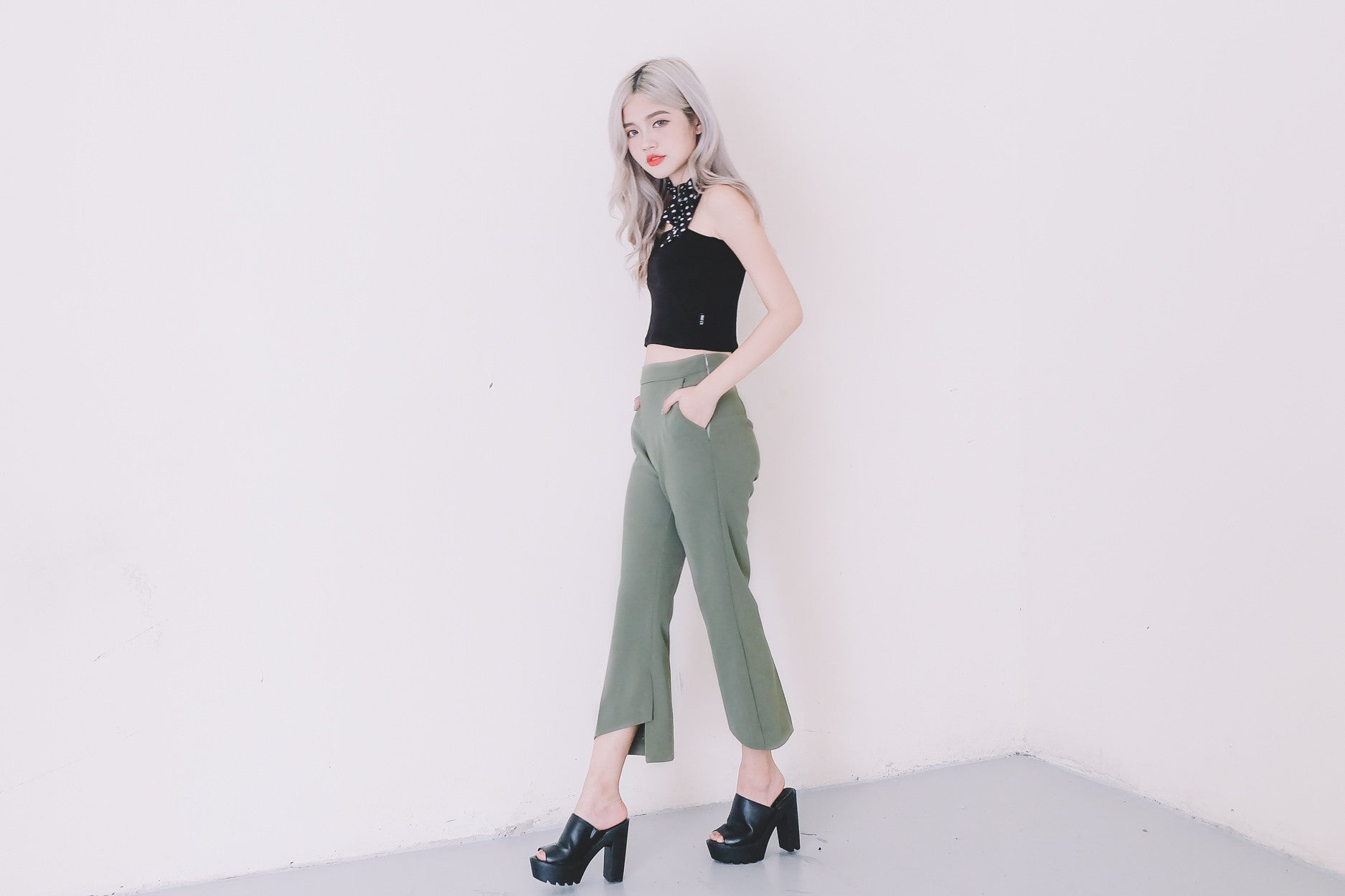 High Waist Open Fork Pants in Olive