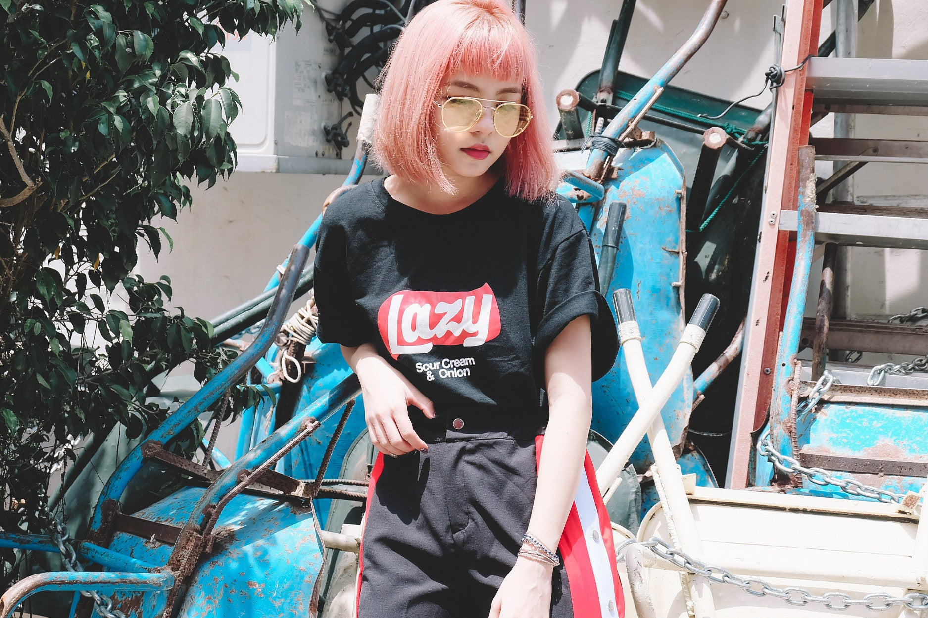 [Backorder] Lazy Tee in Black