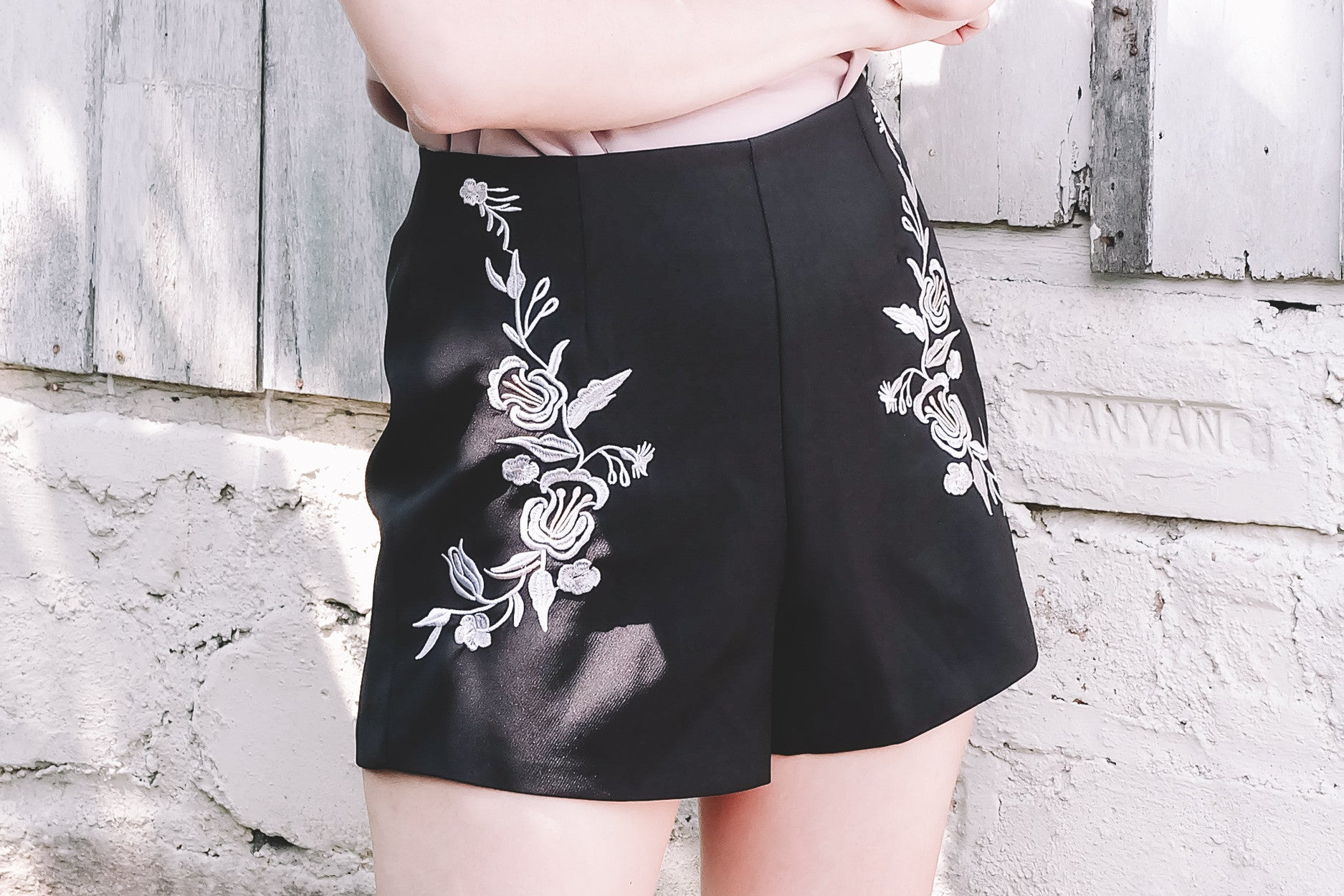Floral Embroidered Shorts in Black