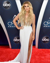 lindsay ell at CMAs wearing laced hair extensions
