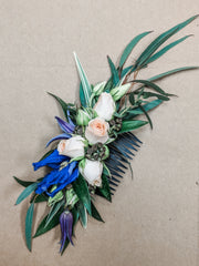 Laurel's Signature Floral Comb