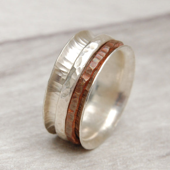 Spinner ring with copper and silver textured rings