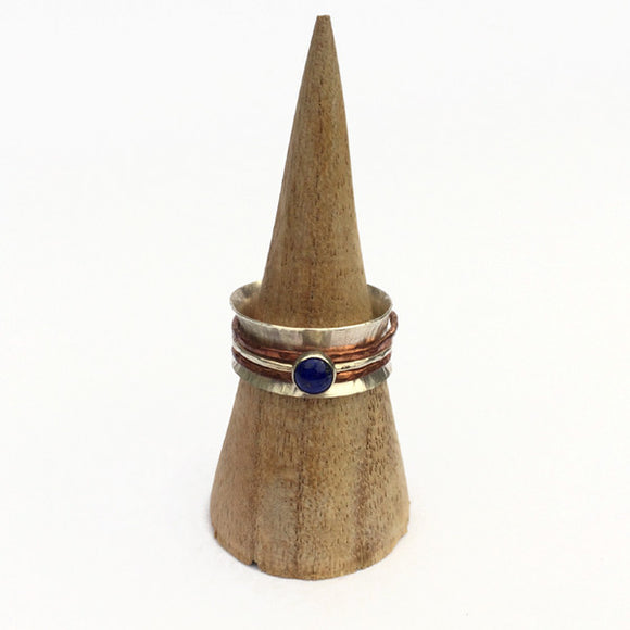 Spinner ring with Lapis Lazuli