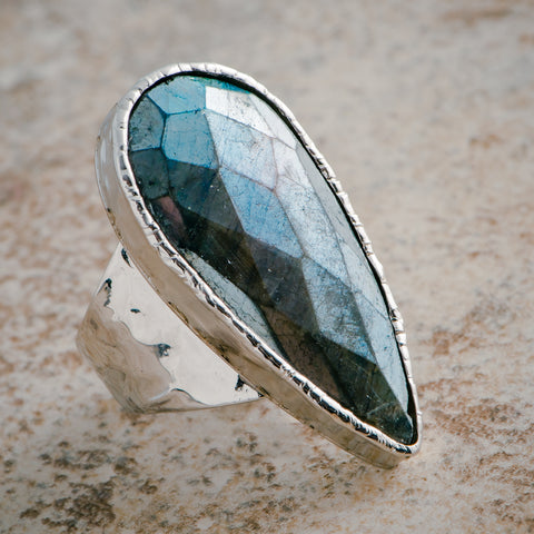 MYSTIC LABRADORITE STATEMENT RING