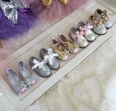 the importance of choosing the right shoes for your kids, kids health, kids shoes, luxury shoes, good quality kids shoes, itty bitty toes, children outfits, children shoes