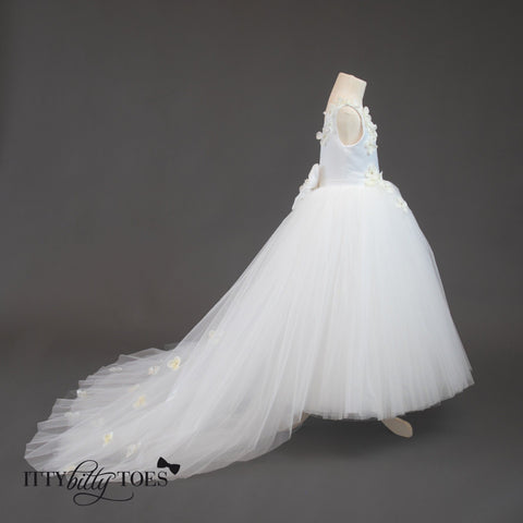 Lili Dress (White) - Itty Bitty Toes  - 10