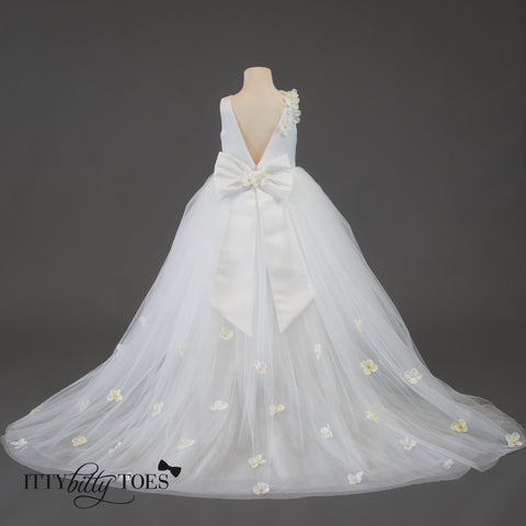 Lili Dress (White) - Itty Bitty Toes  - 11