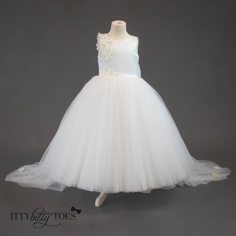 Lili Dress (White) - Itty Bitty Toes  - 9
