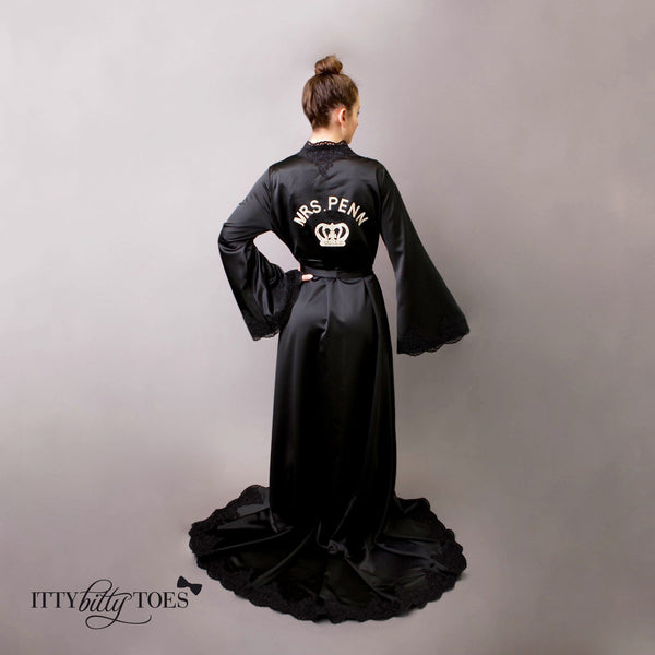 Mommy Royal Robe