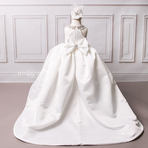 Mia Bella Gown (White)