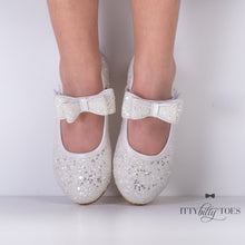 Cici Sparkly White (faux)