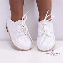 White Oxfords (Faux)
