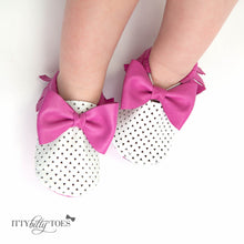 Itty Bitty Moccasins (Fuchsia & White - Laser Cut) - Shoes - Itty Bitty Toes