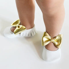 Itty Bitty Moccasins (White & Gold Bow)