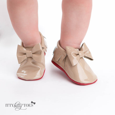 Red Bottom Moccs (Nude Bow) - Itty Bitty Toes  - 3