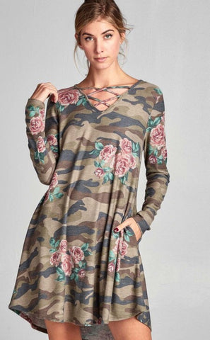 🔥🔥DEAL OF THE DAY!! 🔥🔥Camo & Roses Dress