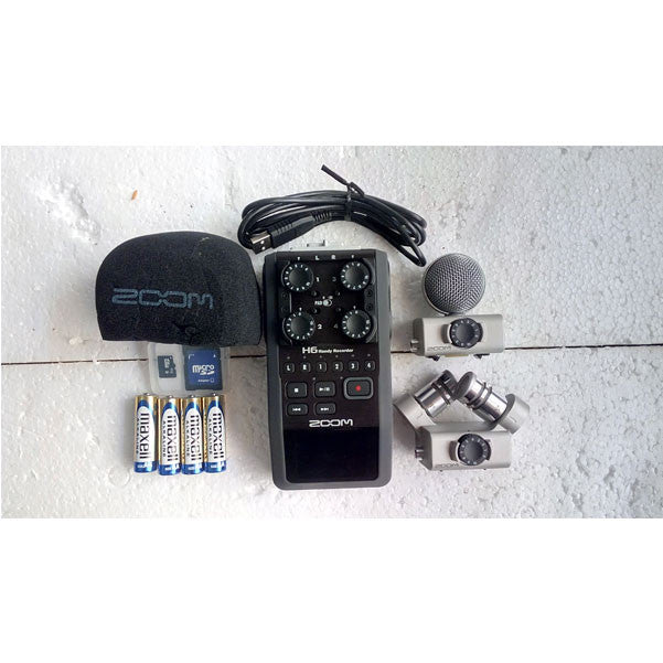 Zoom H6 Handheld Portable Audio Recorder w/ Interchangeable Microphone -  Open Box