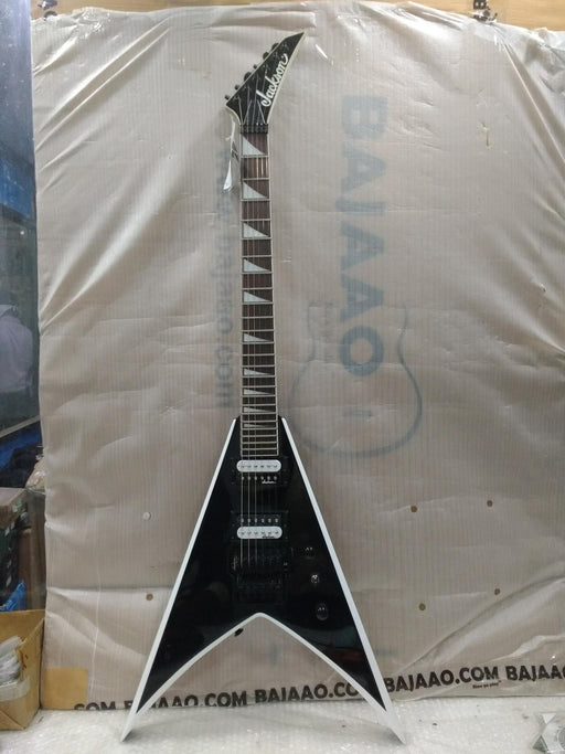 Jackson JS32 King V Electric Guitar - Black with White Bevels - Amaranth Fretboard - Open Box B Stock