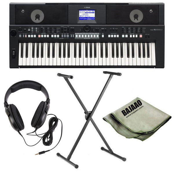 Yamaha PSR-S650 61-key Portable Arranger Keyboard Deluxe Bundle