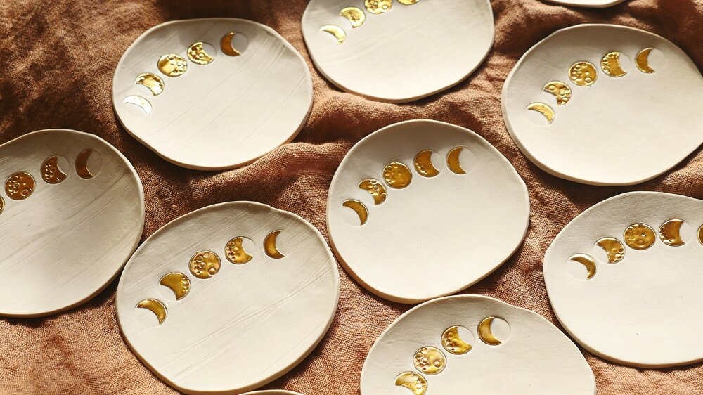 Load image into Gallery viewer, Holistic Ceramics - Lune Phases Trinket Dish