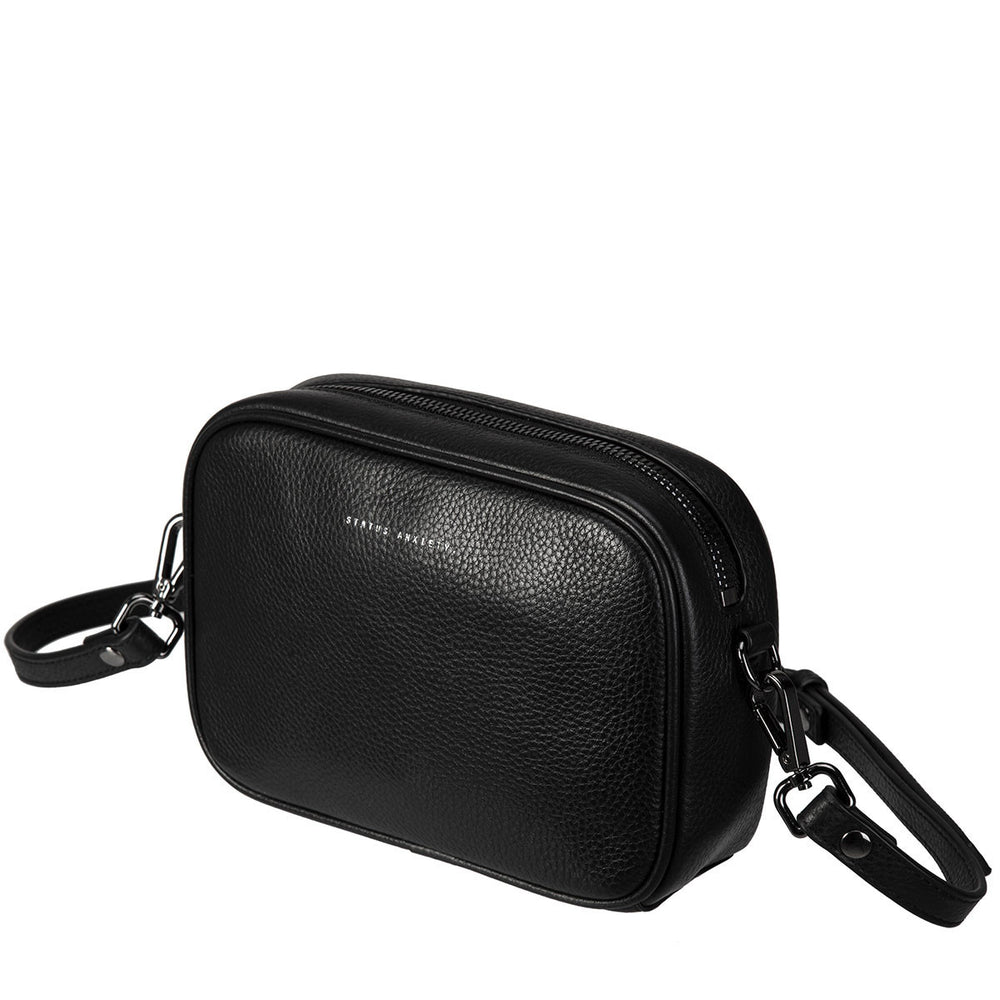 THE PLUNDER BLACK LEATHER BAG FROM STATUS ANXIETY 3