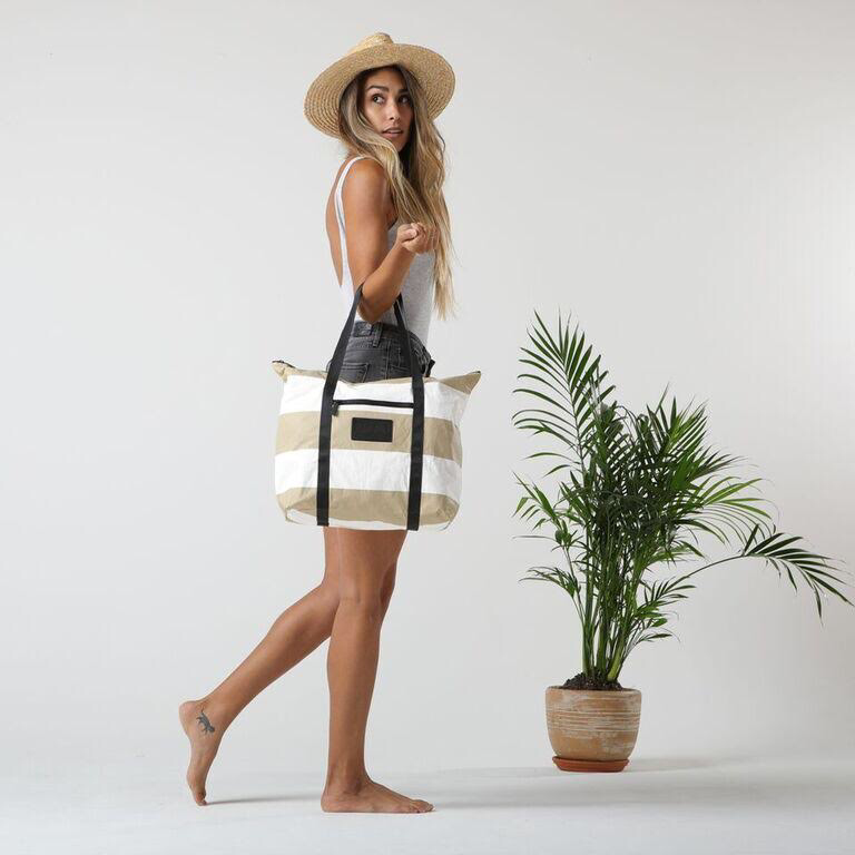 Load image into Gallery viewer, Le MU - Zipper Tote // Sand 3 Stripe