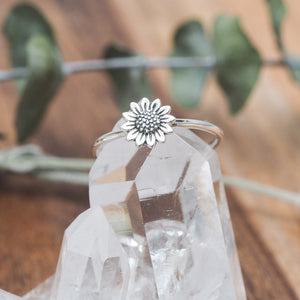Midsummer Star - Delicate Sunflower Ring