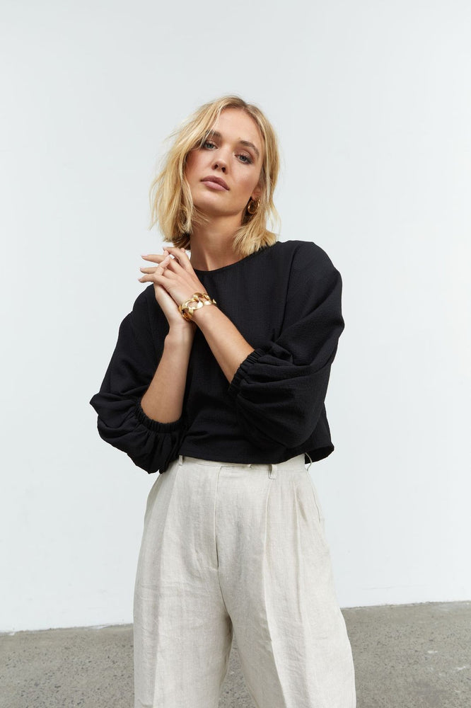 Sovere - Asenea Two Way Blouse in Black
