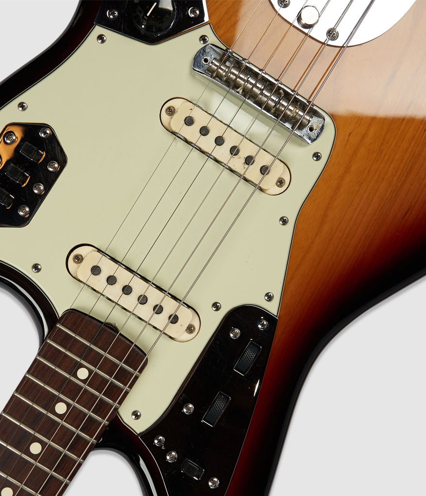 Fender Jaguar – Vintage '63 Pickups & Refinished Vintage '65 Ash Body
