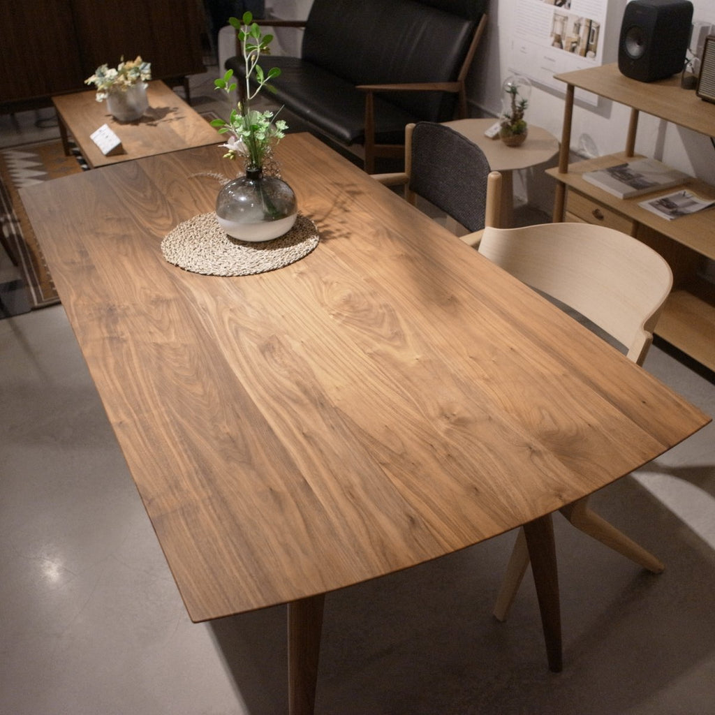 READY TO GO | Creer Dining Table