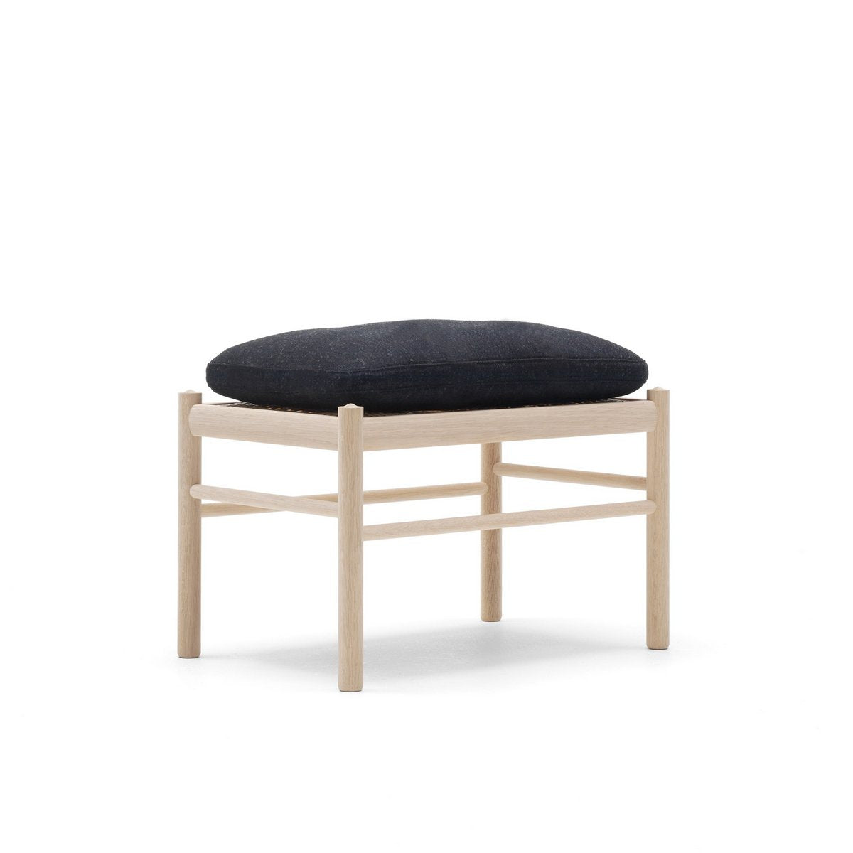 OW149F Colonial Footstool
