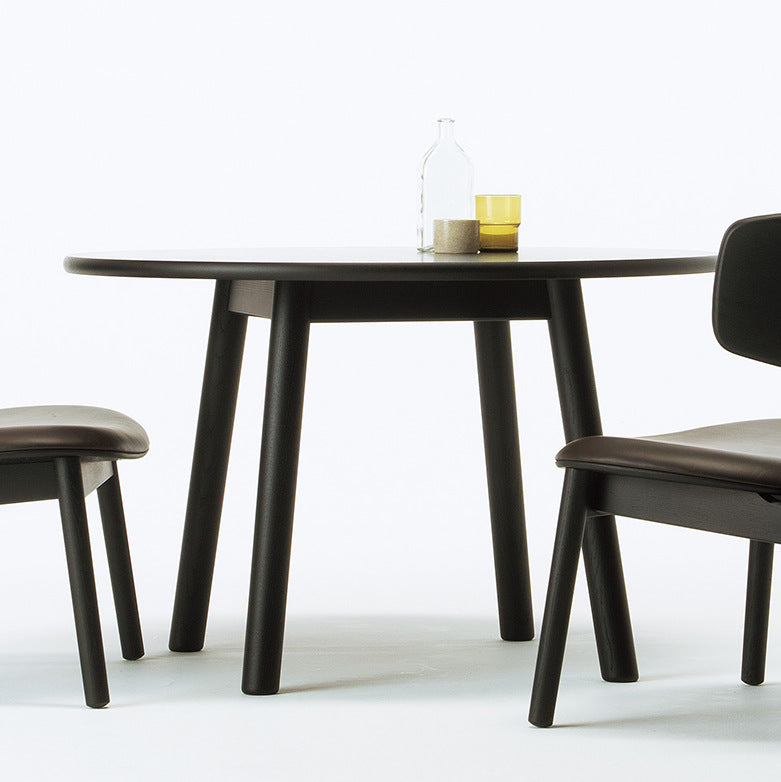 SPREAD Round Dining Table