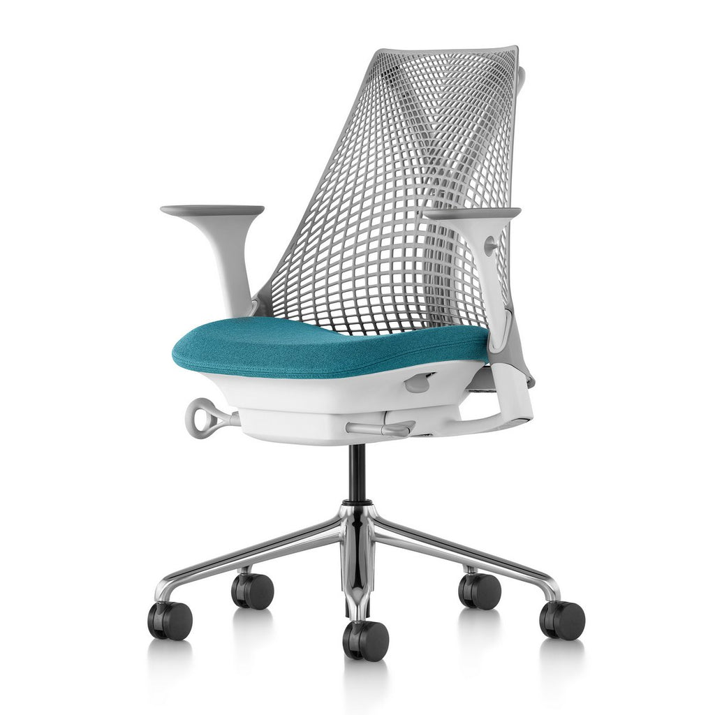 Sayl Chair Polished Aluminum Base with Studio White Y-Tower