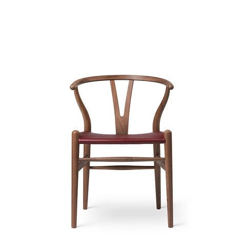 Carl Hansen & Son - CH24P WISHBONE CHAIR | Hans J. Wegner's 105th birthday edition