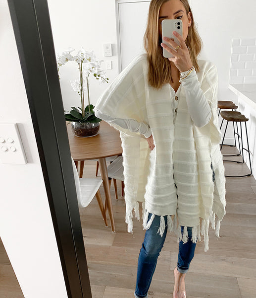 BOBBY Tassel Cape - Off White