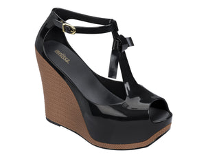 Melissa Peace Black wedges