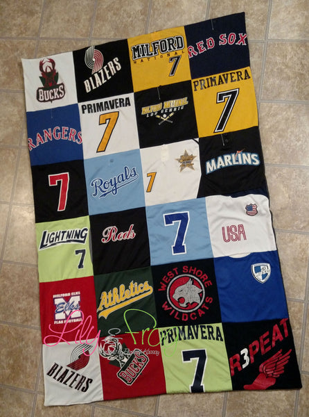 Keepsake T-Shirt Blanket Size Medium (Twin Blanket)