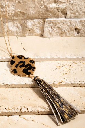 Moroccan spoon flower necklace