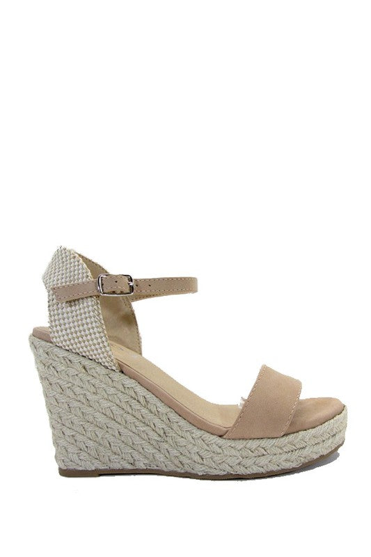 Tan espadrille with side buckle