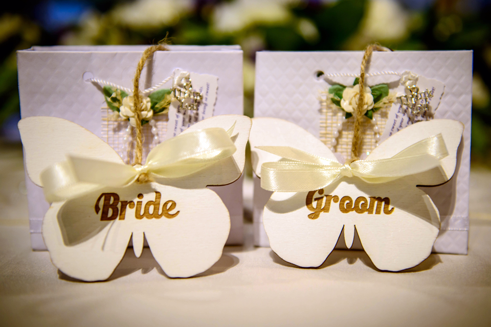 butterfly-inspired-wedding-with-a-personal-touch