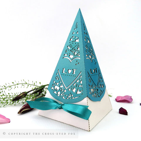 Rockabilly Pyramid Personalised Favour Boxes
